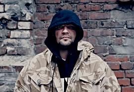 Василий Вакуленко о растроении личности, девяностых и Высоцком - интервю N1nt3nd0 для Афиша.ру